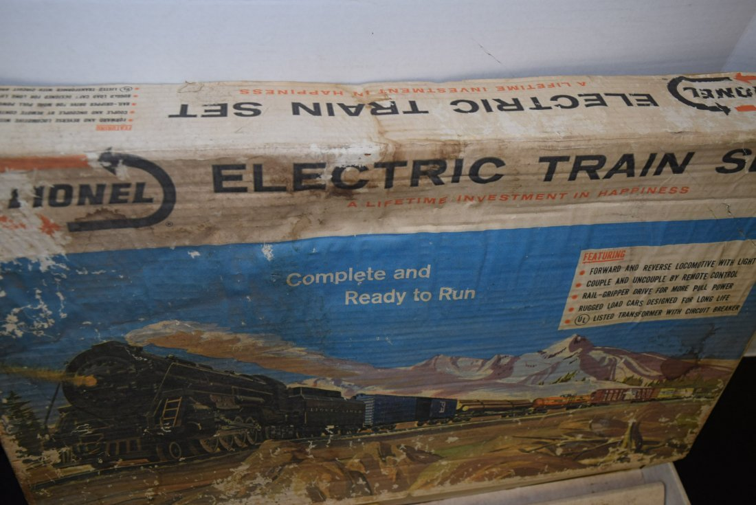 VINTAGE LIONEL ELECTRIC TRAIN SET 11590 - 10