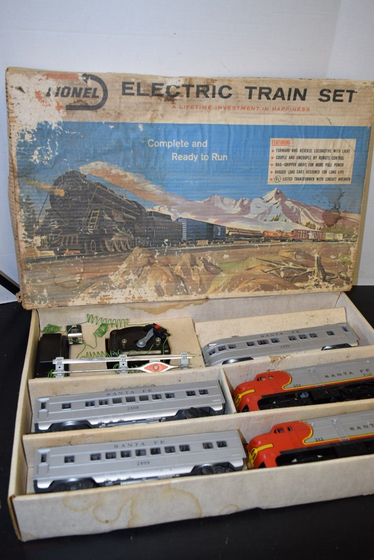 VINTAGE LIONEL ELECTRIC TRAIN SET 11590