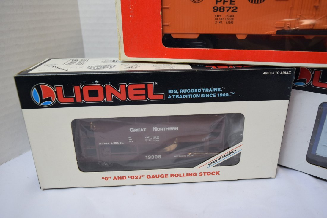 3 LIONEL ROLLING CARS NEW IN ORIGINAL BOXES - 2