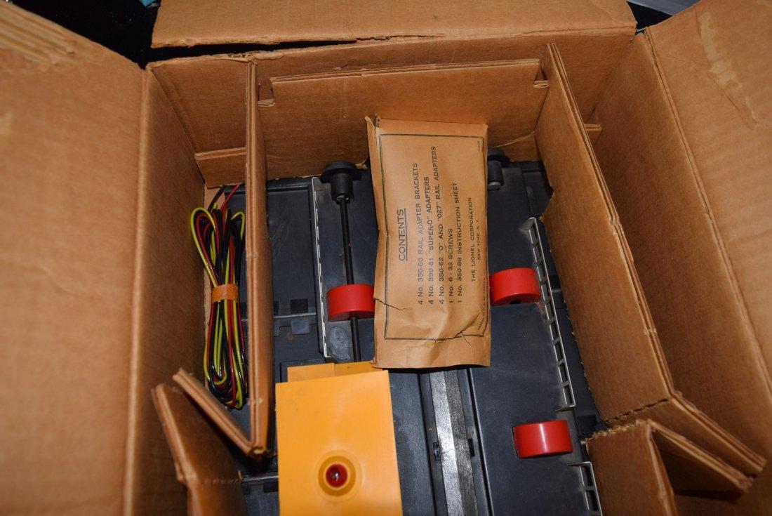 LIONEL ENGINE TRANSFER TABLE IN ORIGINAL BOX - 5