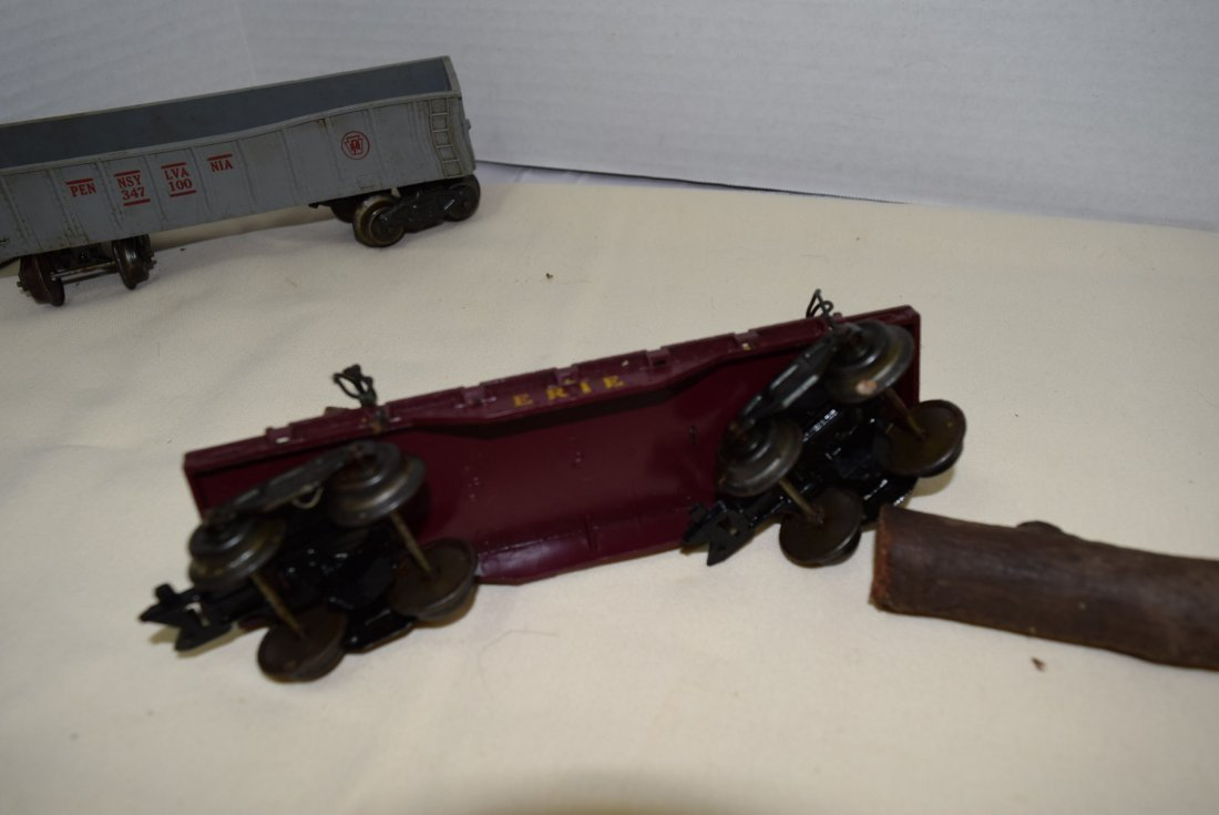 MARX LOCOMOTIVE AND TENDER PLUS MORE. UNTESTED - 9