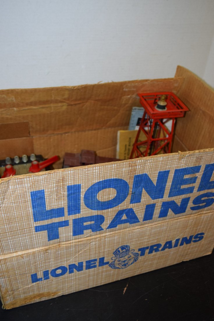 GRAB BAG LOT LIONEL BOX WITH ROLLING CARS; TRANSFO - 2