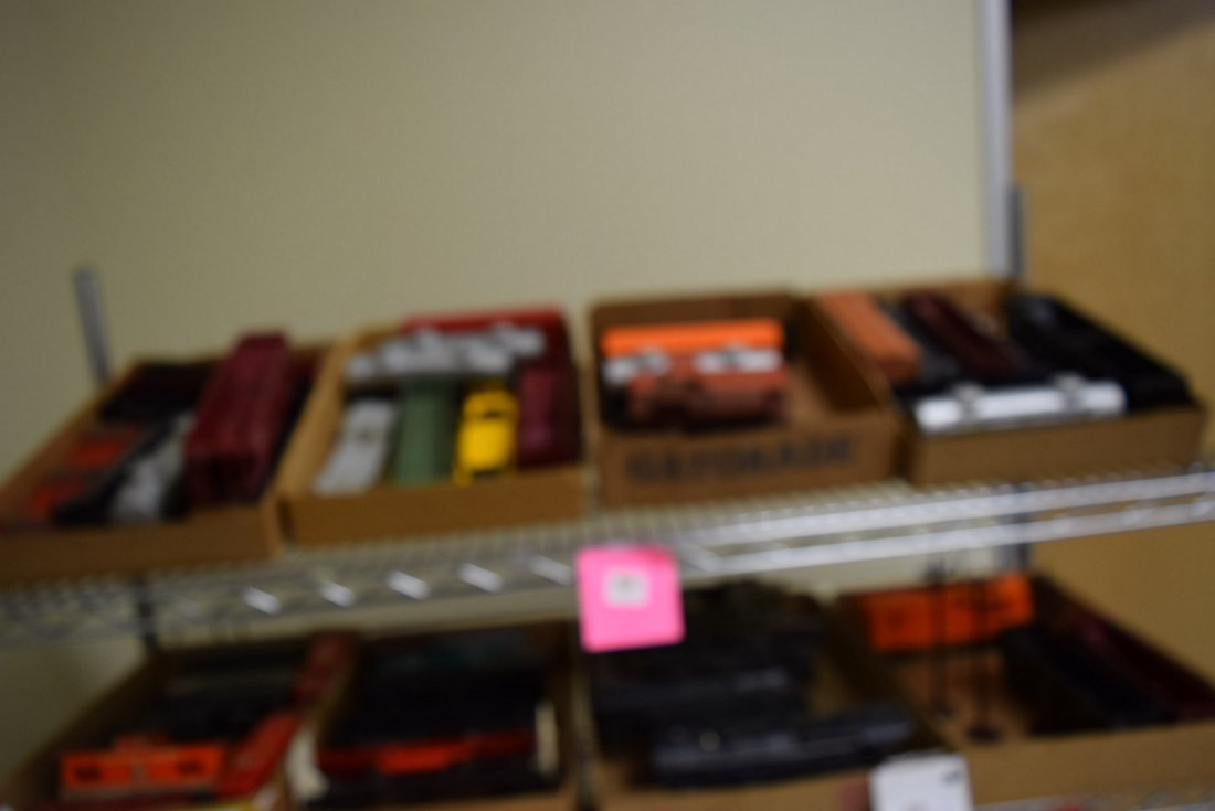 LIONEL CARS - VARIOUS MODELS