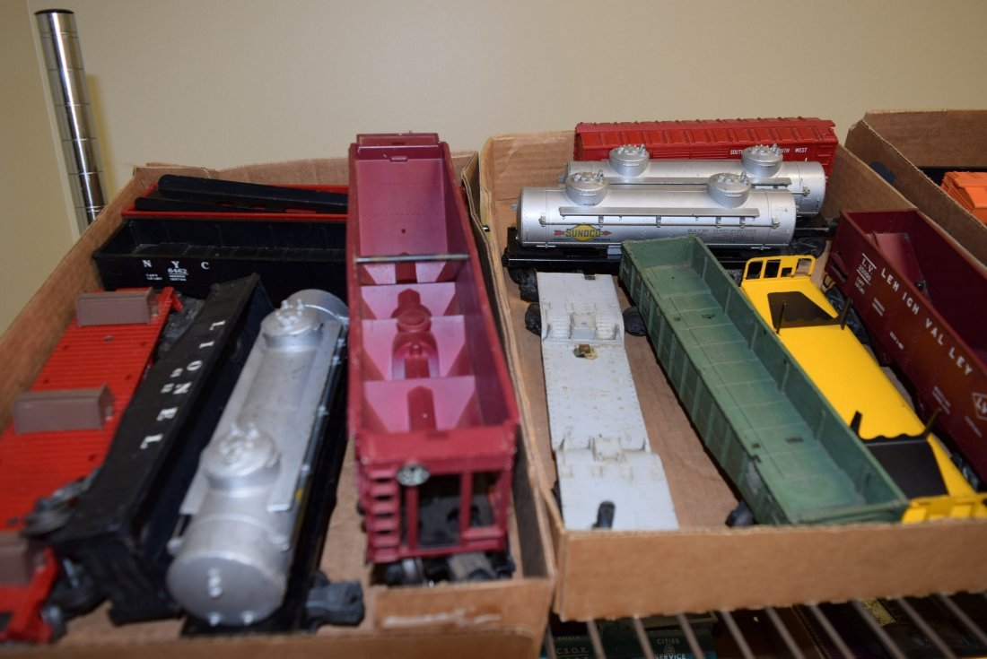 LIONEL CARS - VARIOUS MODELS - 2