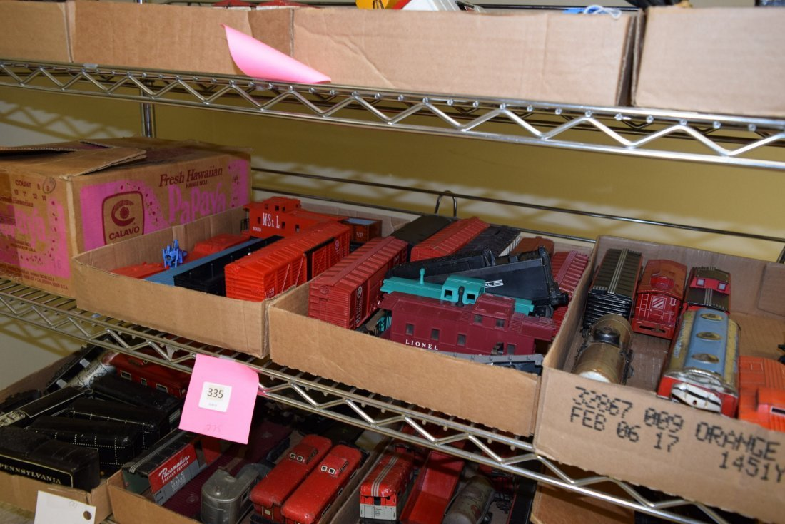 MIXED TRAIN LOT - CATALOGS AND TRAINS