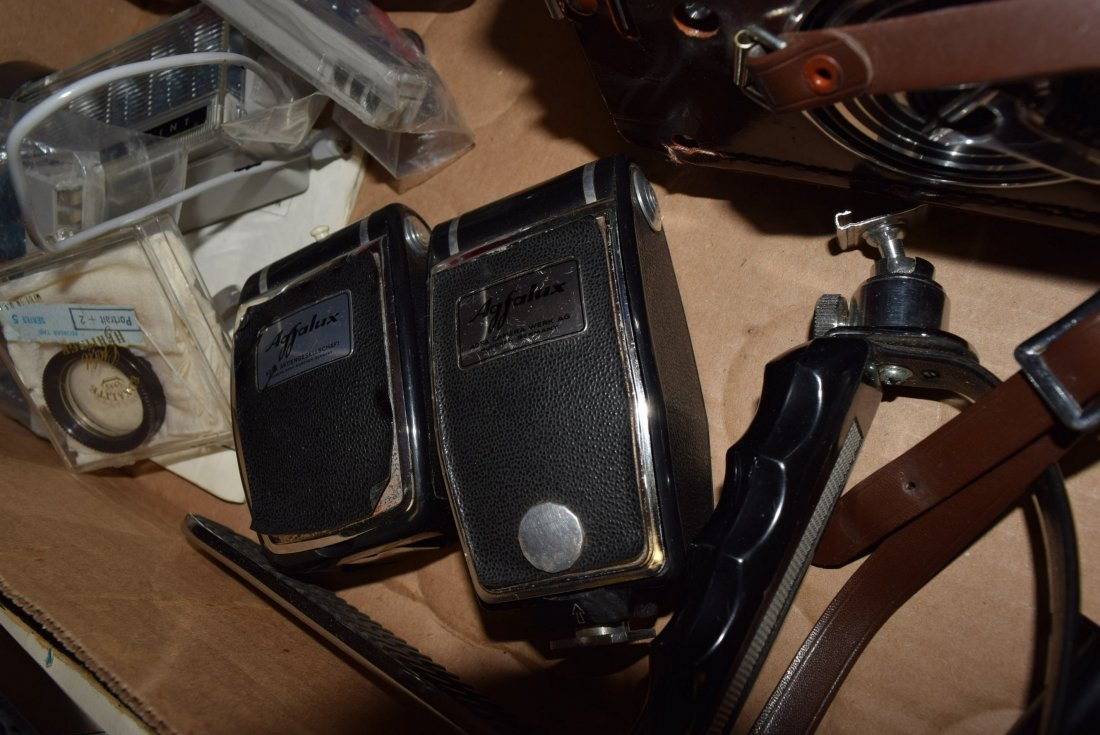 TWO VINTAGE CAMERAS - POLAROID AND VINTAGE YASHICA - 4