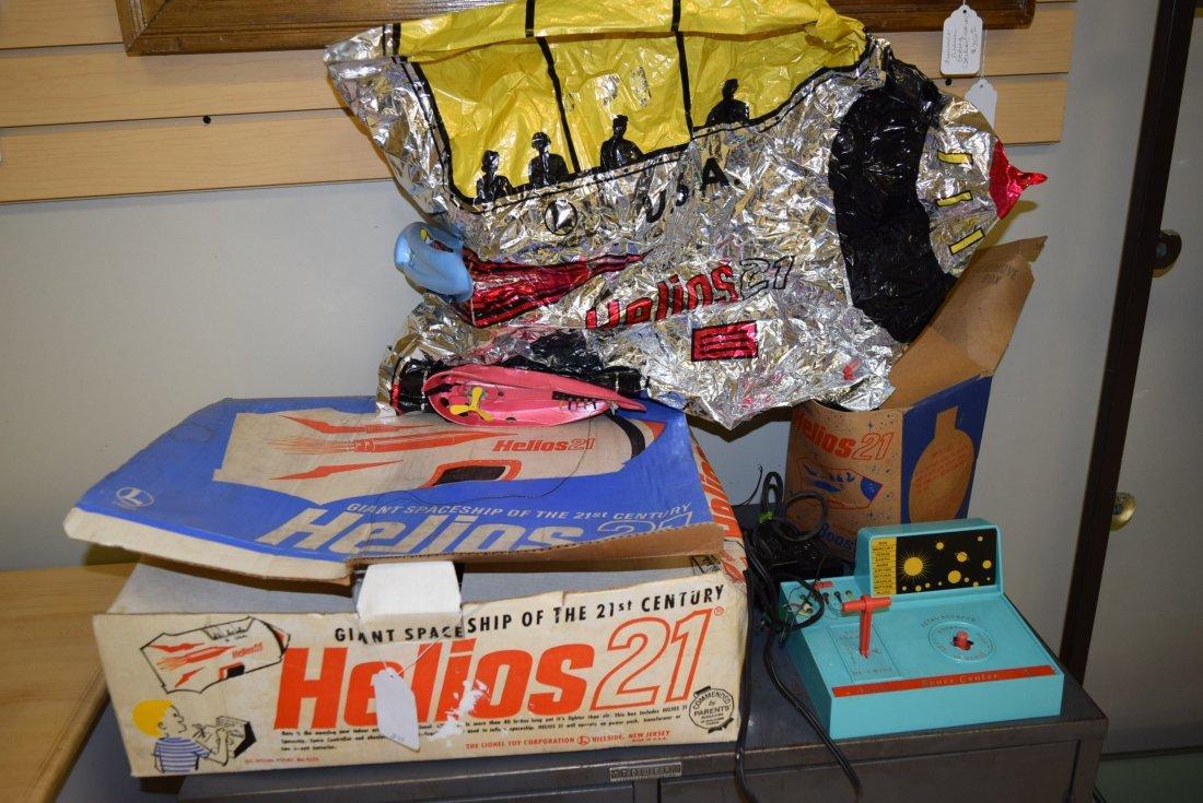 VINTAGE LIONEL HELIOS 21 IN ORIGINAL BOX