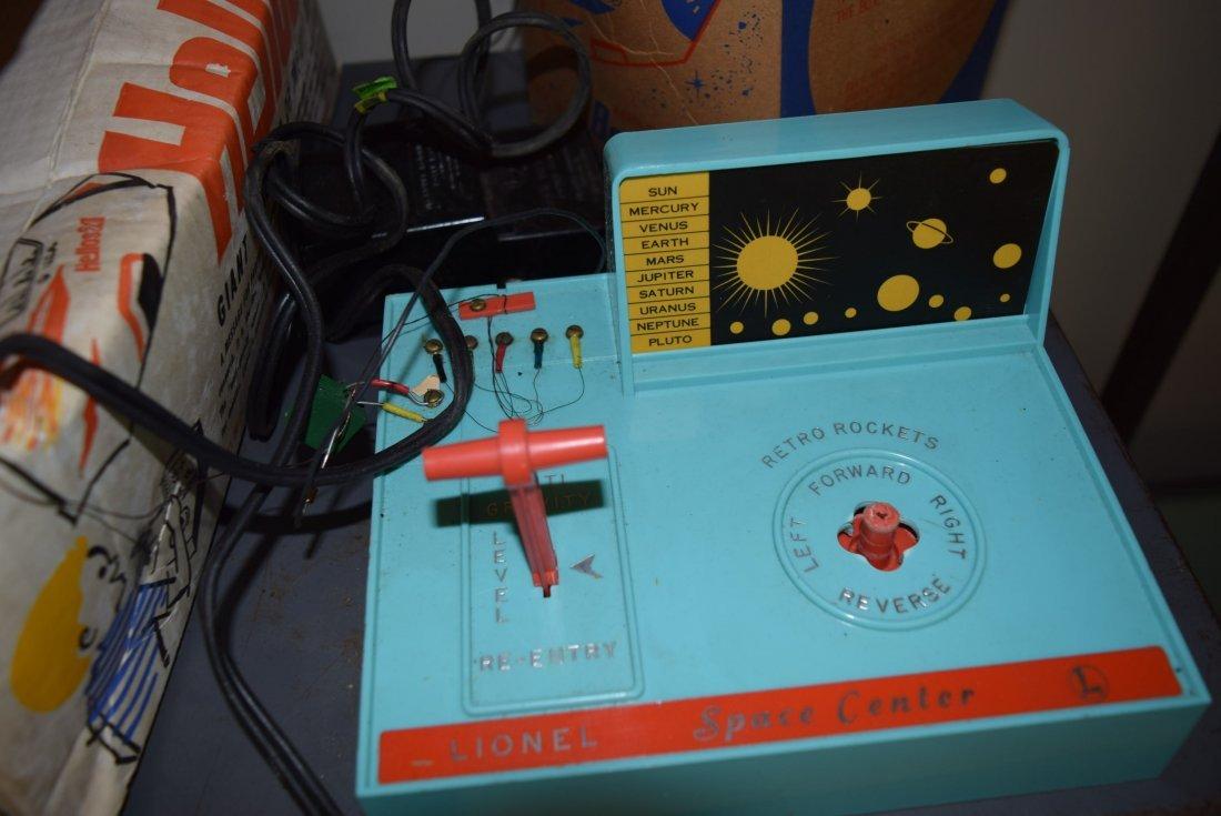 VINTAGE LIONEL HELIOS 21 IN ORIGINAL BOX - 3
