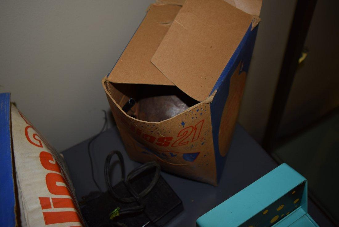 VINTAGE LIONEL HELIOS 21 IN ORIGINAL BOX - 4