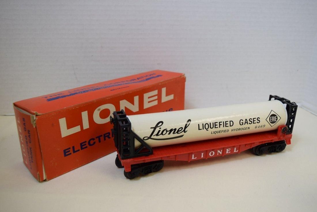 LIONEL LIQUEFIED GAS TANK CAR 6469