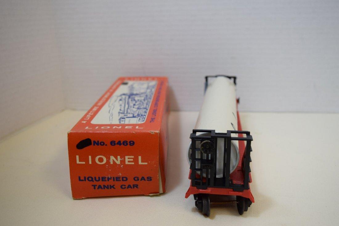 LIONEL LIQUEFIED GAS TANK CAR 6469 - 2
