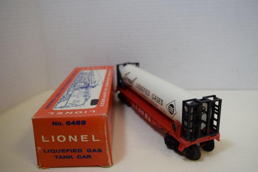 LIONEL LIQUEFIED GAS TANK CAR 6469 - 3
