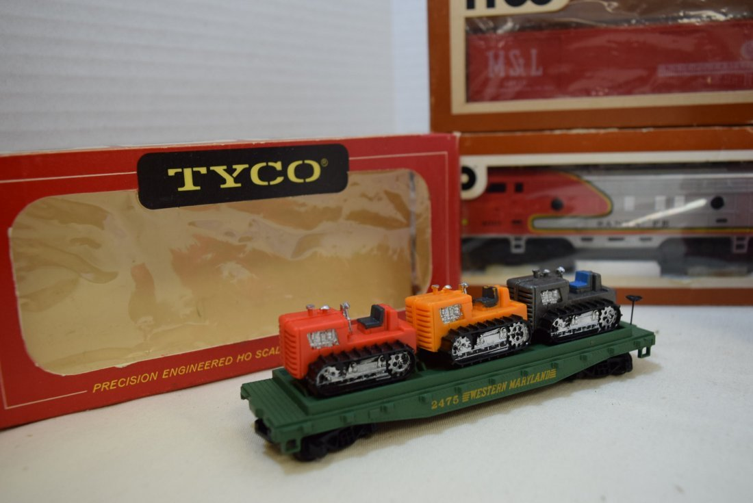 6 TYCO TRAIN CARS IN ORIGINAL BOXES HO SCALE - 2