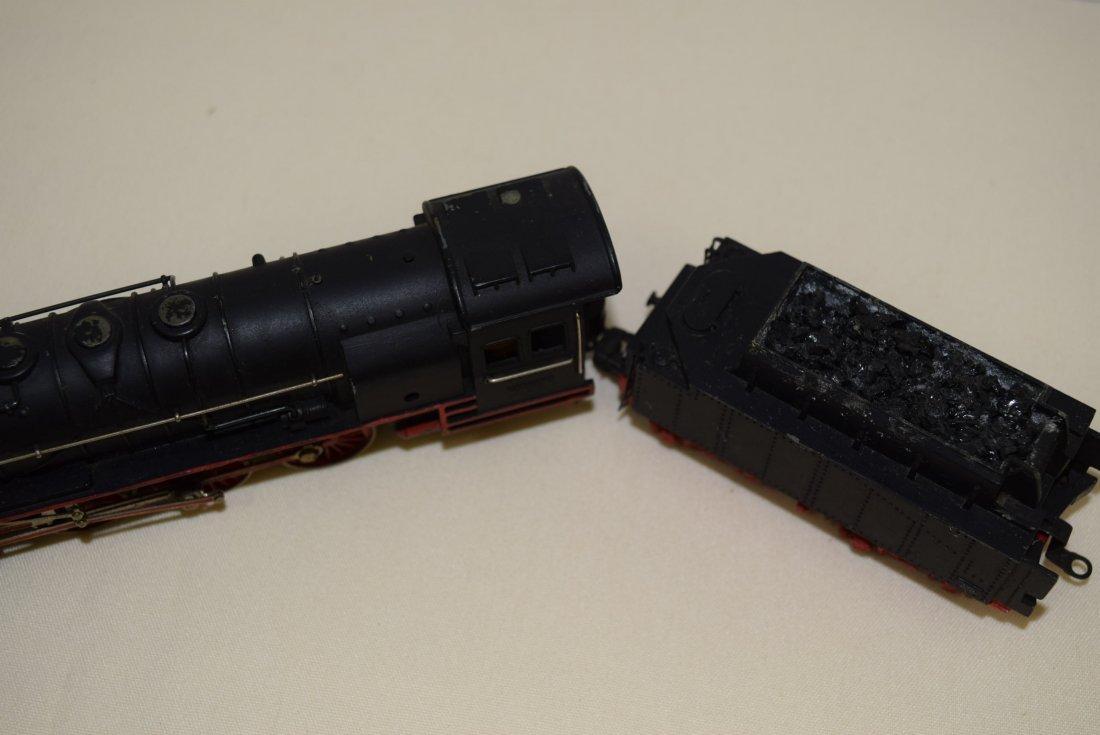 MARKLIN HR 800 & TENDER HR809 - 4
