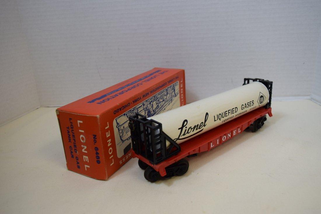 VINTAGE LIONEL LIQUEFIED GAS TANK CAR 6469 - 2