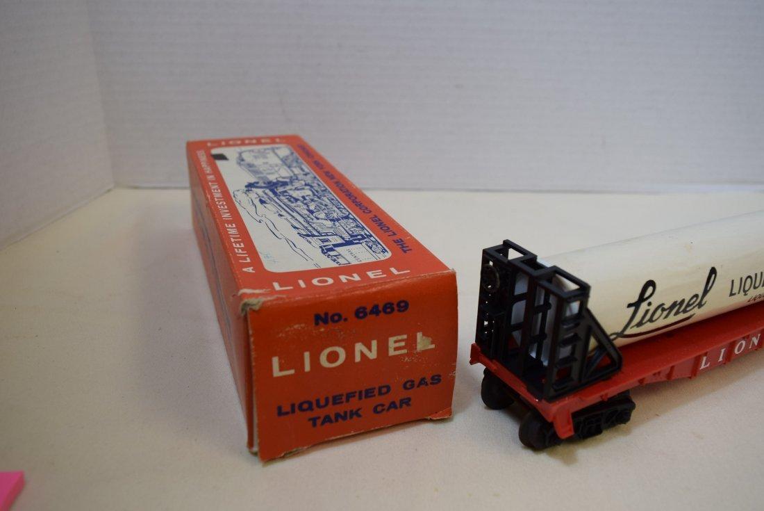 VINTAGE LIONEL LIQUEFIED GAS TANK CAR 6469 - 5