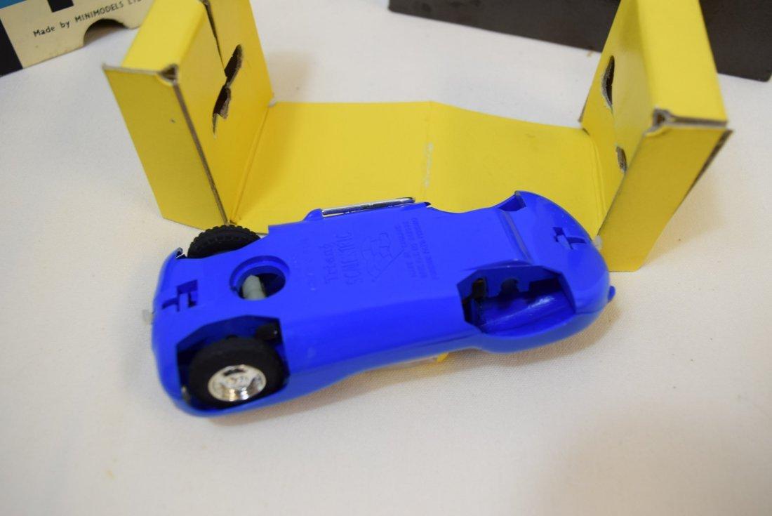 SCALEXTRIC LISTER JAGUAR SLOT CAR RACER IN ORIGINA - 2