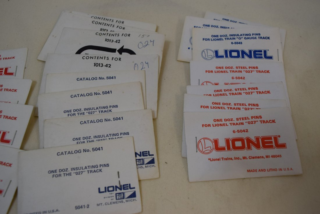 MIXED LOT LIONEL O AND 027 TRACK PINS - 2