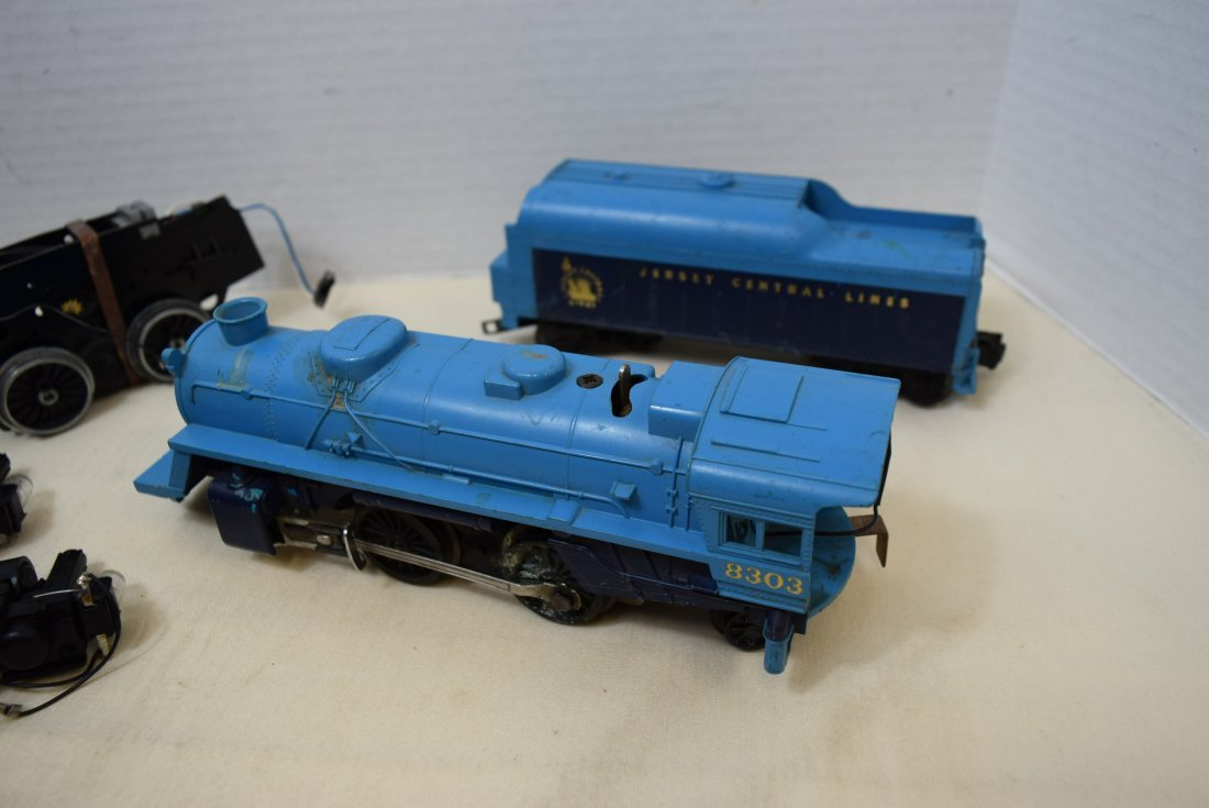 2 LIONEL LOCOMOTIVE 8633 & 8303 WITH TENDER - 2