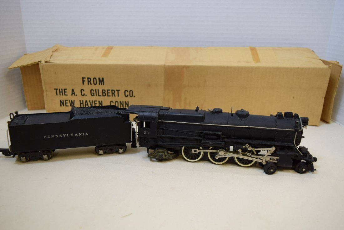 1940S AMERICAN FLYER LOCOMOTIVE AND TENDER IN ORIG
