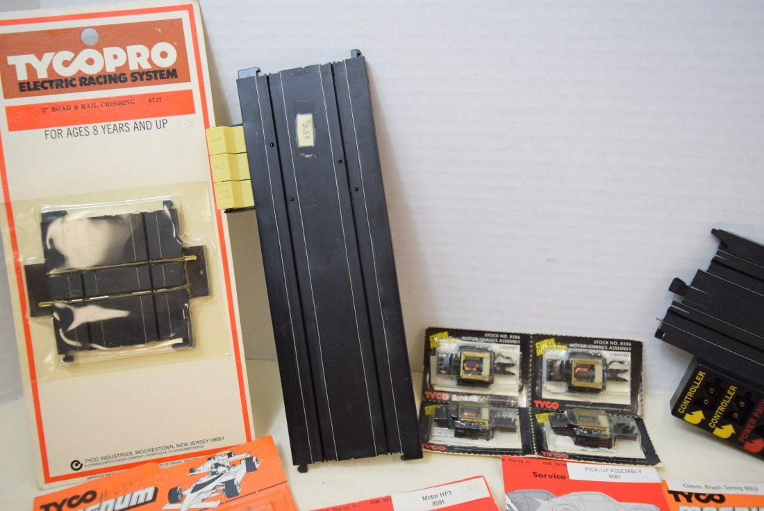 SLOT CAR SERVICE PARTS BY TYCO - 5