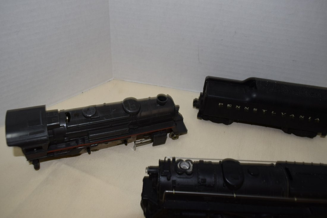 LIONEL LOCOMOTIVES 681 & 8041 & TENDERS 2046W-50 & - 6