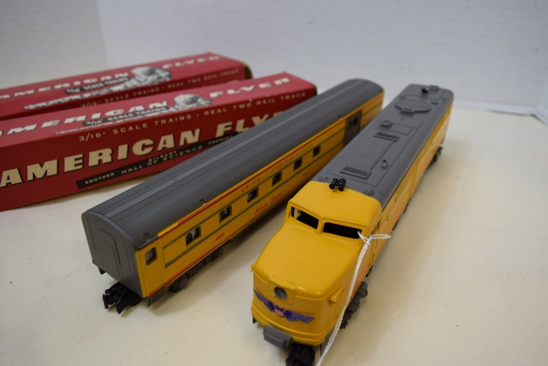 AMERICAN FLYER DUMMY WITH BELL CAR  & BAGGAGE & CL - 8