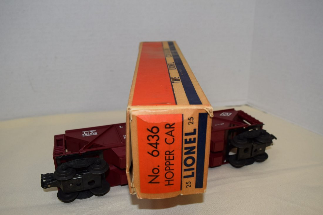 LIONEL 6436 HOPPER CAR NIB - 6