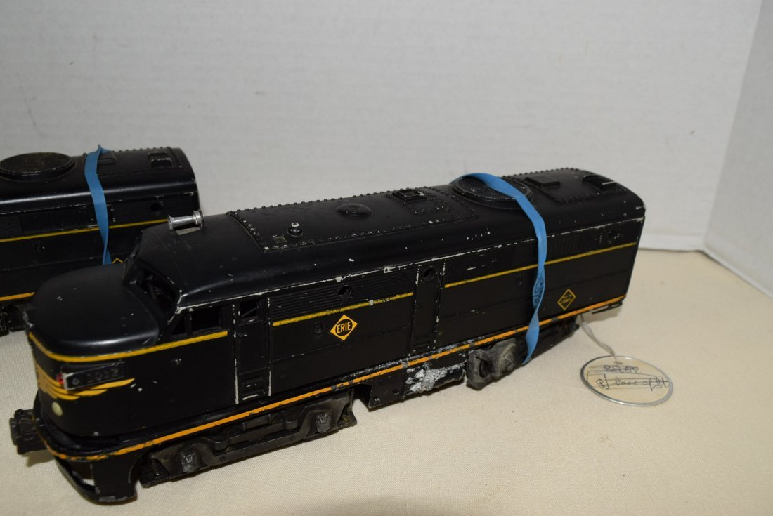 LIONEL 2032 ENGINE & DUMMY CAR - 2