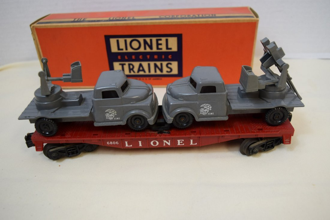 LIONEL FLAT CAR WITH MILITARY UNITS 6806 - 5