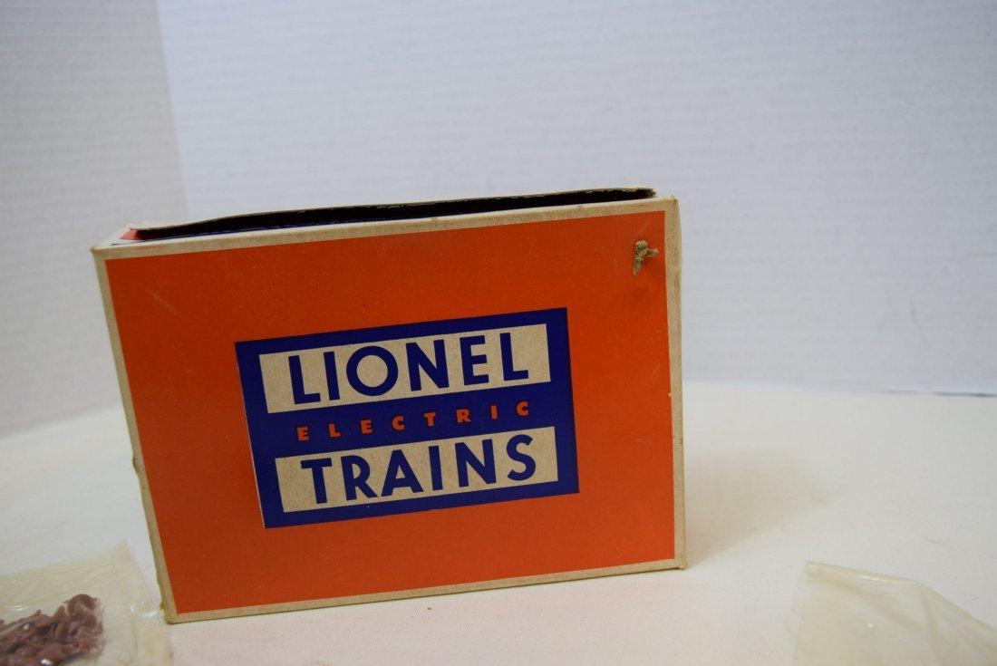 LIONEL 960 BARNYARD SET -NIB - 9
