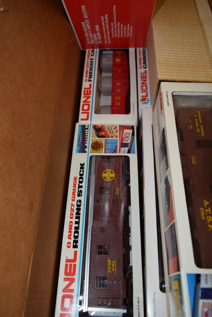 LIONEL SERVICE STATION SPECIAL SANTA FE WORK TRAIN - 3
