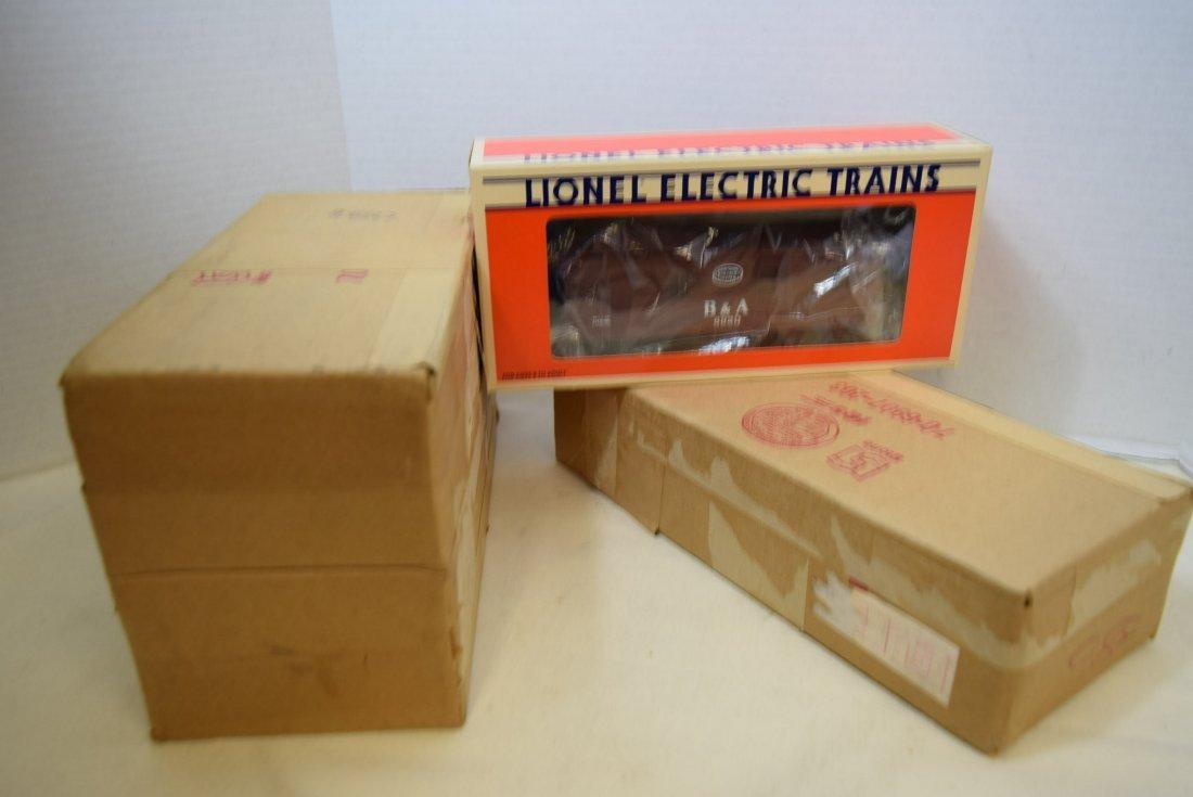 3 LIONEL TRAIN B & A CABOOSES 6920 - NIB - 4
