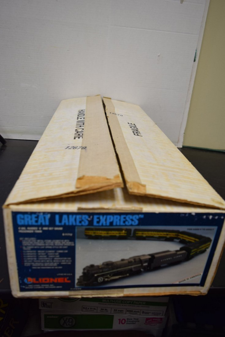 LIONEL GREAT LAKES EXPRESS TRAIN SET 6-11712 -NIB