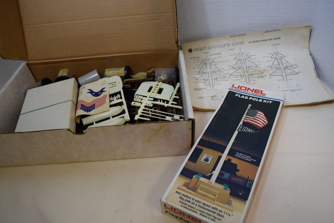 LIONEL FLAG POLE KIT & U.S.S. CONSTITUTION REVELL