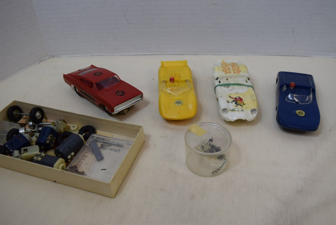 4 ELDON SLOT CARS & EXTRA PARTS