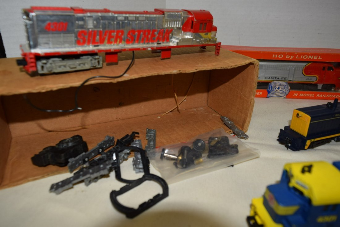 HO LOCOMOTIVES-4301-2408-0565-1 AND MORE - 6