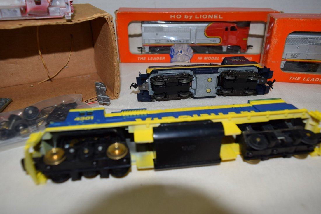 HO LOCOMOTIVES-4301-2408-0565-1 AND MORE - 8