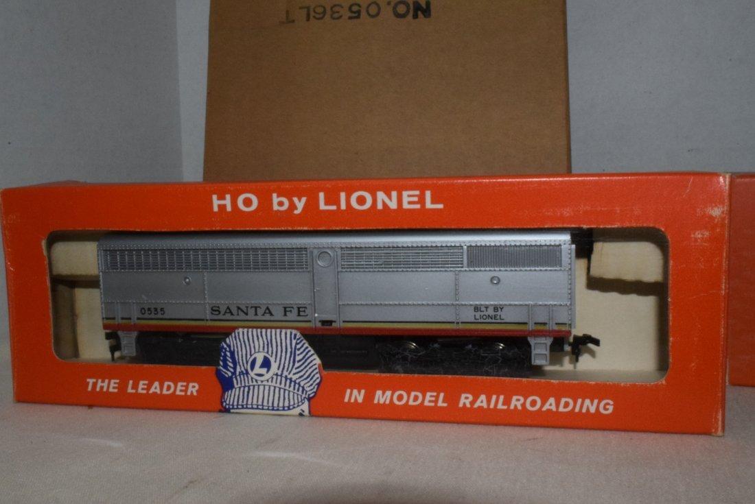 LIONEL HO TRAINS-0555P-60 LOCOMOTIVE & 0535W CAR F - 4
