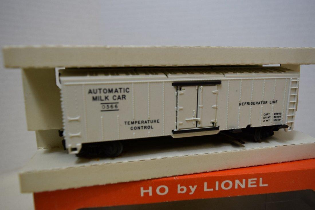 2 LIONEL H0 SCALE TRAIN CARS- GIRAFFE CAR 0337-MIL - 2
