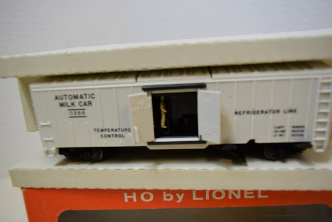 2 LIONEL H0 SCALE TRAIN CARS- GIRAFFE CAR 0337-MIL - 4