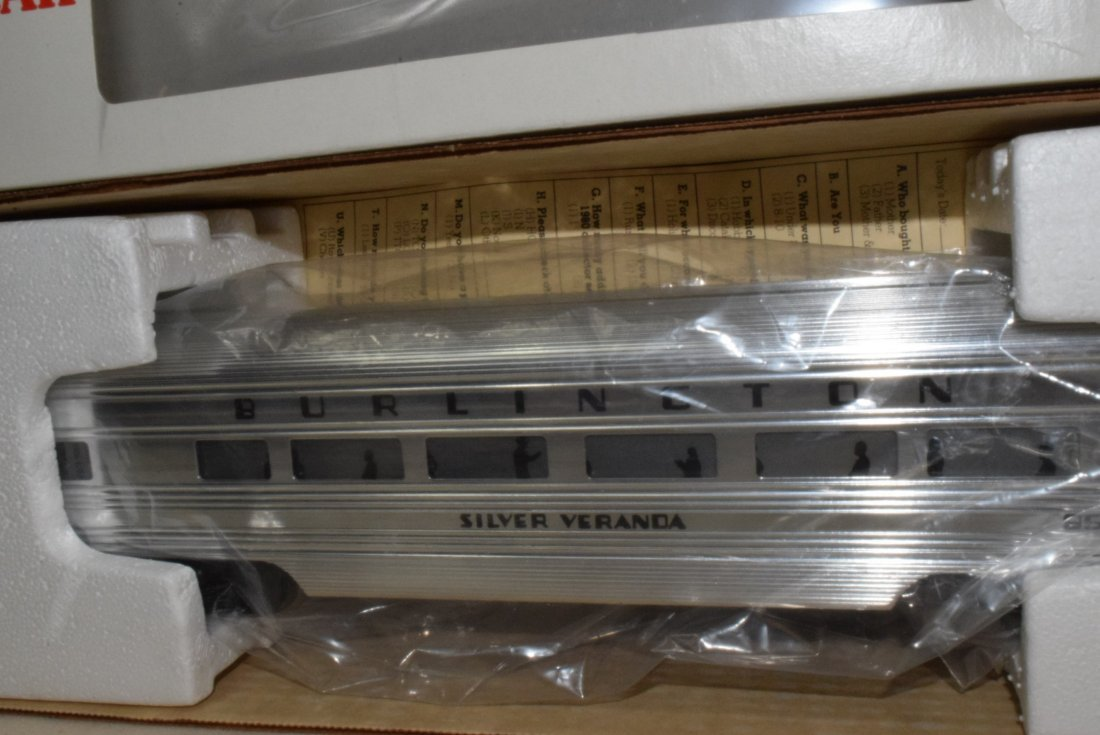 LIONEL O-GAUGE ILLUMINATED BURLINGTON ALUMINUM PAS - 3