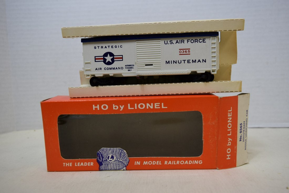 LIONEL HO SCALE TRAIN CAR- USAF MINUTEMAN MISSILE