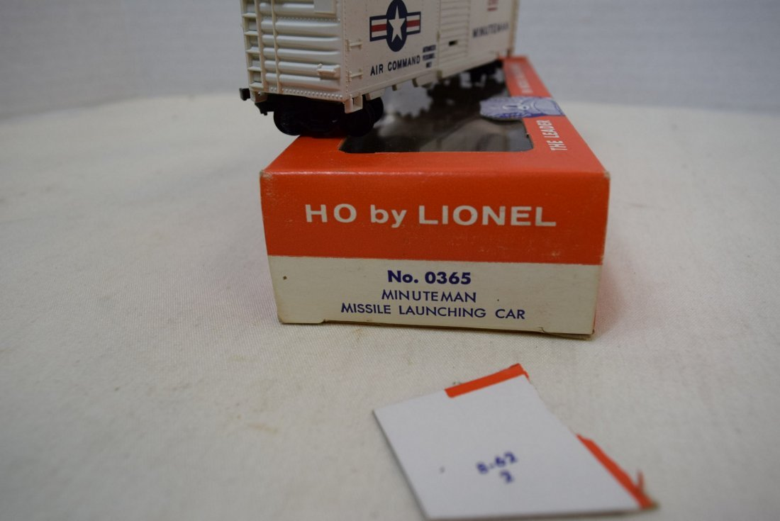 LIONEL HO SCALE TRAIN CAR- USAF MINUTEMAN MISSILE - 5