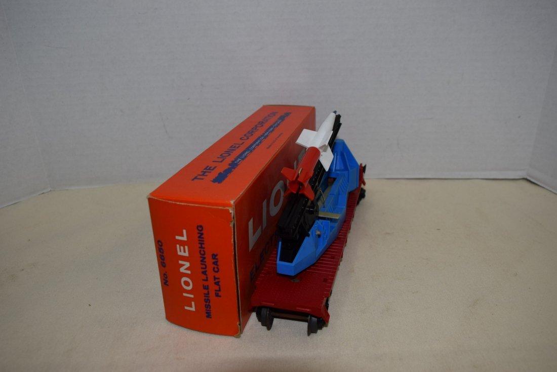 LIONEL MISSILE LAUNCHING FLATCAR 6650 IN ORIGINAL - 2