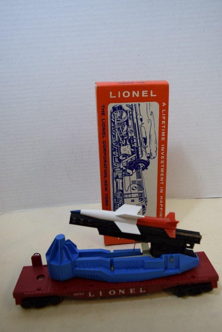 LIONEL MISSILE LAUNCHING FLATCAR 6650 IN ORIGINAL - 3