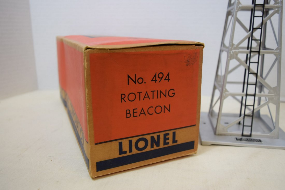 LIONEL TRAINS-ROTATING BEACON 494 IN ORIGINAL BOX - 2