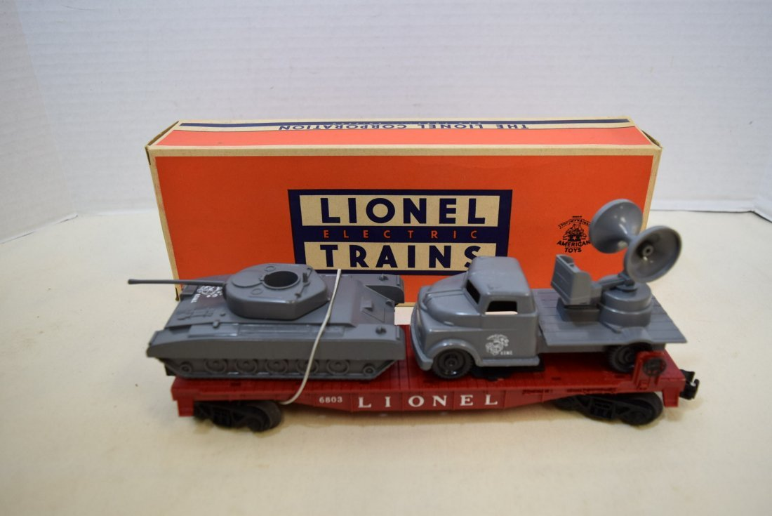 LIONEL FLATCAR WITH MILITARY UNITS 6803-IN BOX