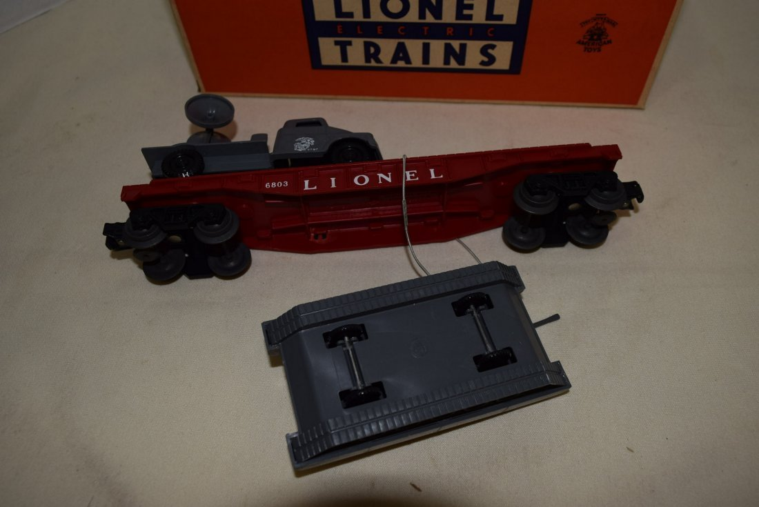 LIONEL FLATCAR WITH MILITARY UNITS 6803-IN BOX - 5