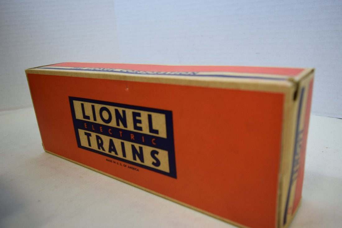 LIONEL FLATCAR WITH MILITARY UNITS 6803-IN BOX - 8